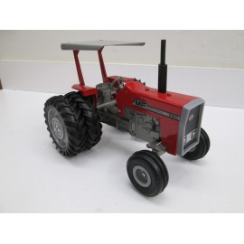 TOY FARMER 590 MINT