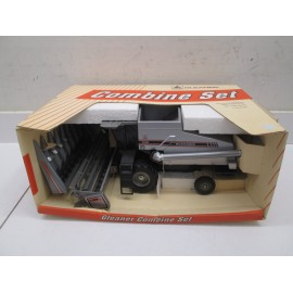 GLEANER R 62 SHELF MISTAKE BOX, NOT DISPLAYED